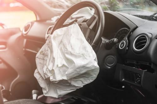 3 THINGS YOU NEED TO KNOW ABOUT AIRBAG SAFETY