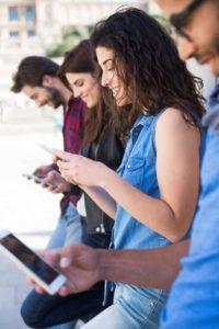 """6 CELL PHONE """"DO'S AND DON'TS"""" FOR YOUR PERSONAL INJURY CASE"""