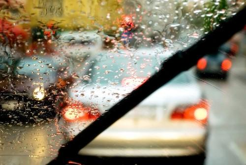 WHEN THE WEATHER IS FRIGHTFUL: DRIVING TIPS FOR RAIN & STORMS