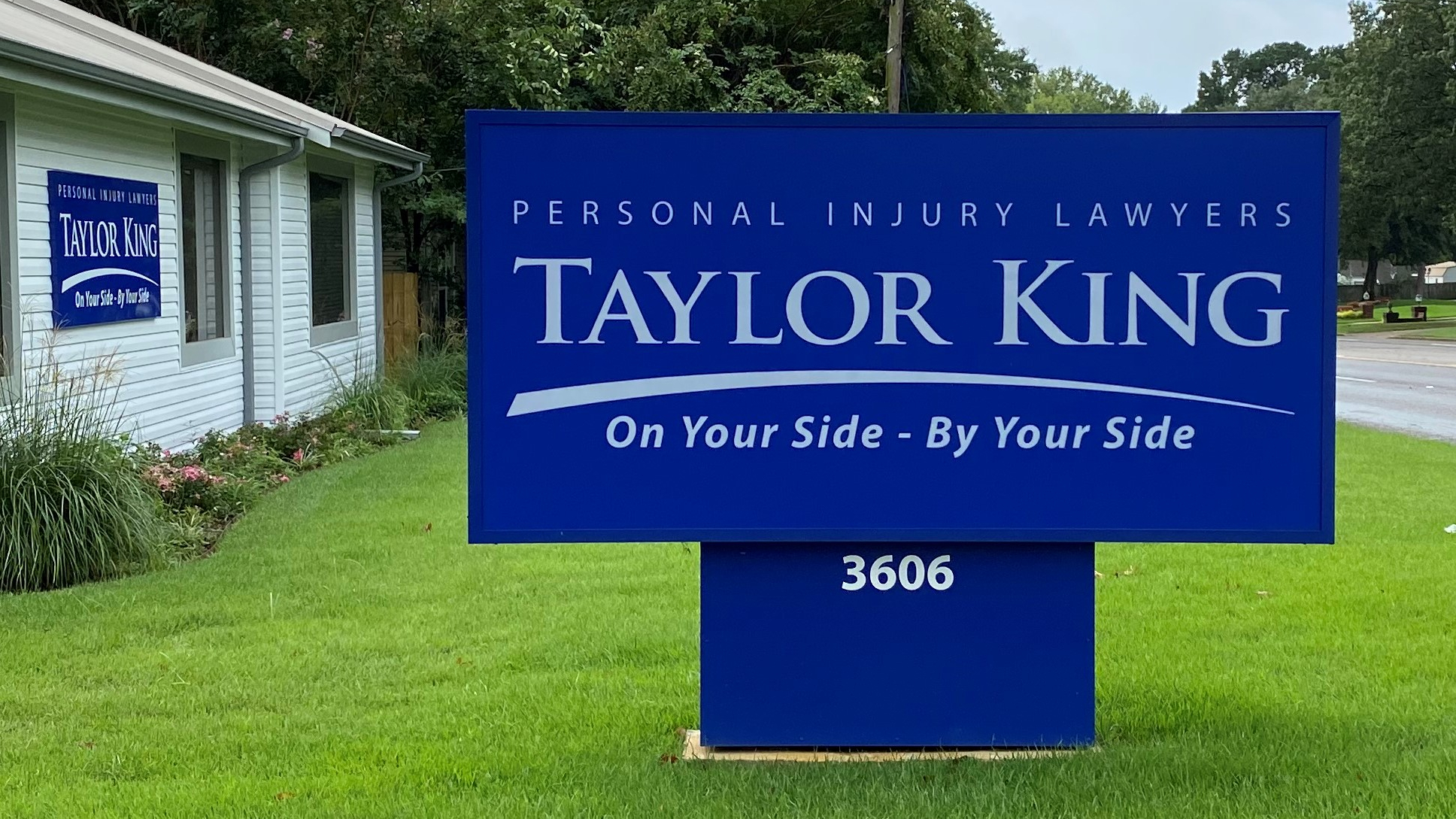 Taylor King Law Celebrates Opening of Texarkana Location with Ribbon-Cutting Event